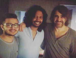 El famoso cantante y compositor de bollywood Nakash Aziz visita y graba en Casa Sonora
