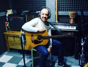 Benji Habichuela Endorser de cajones La Rosa grabando en Casa Sonora