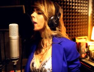 La cantante argelina Wafa grabando en Casa Sonora